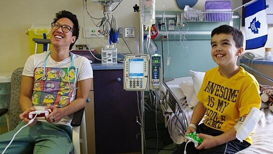 tommy-sing-conner-quigley-grand-river-hospital-video-game-guy.jpg